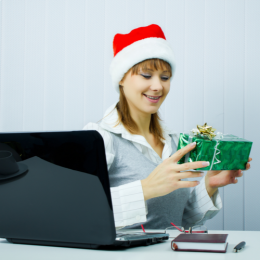 Best Christmas gift ideas for employees and corporate clients