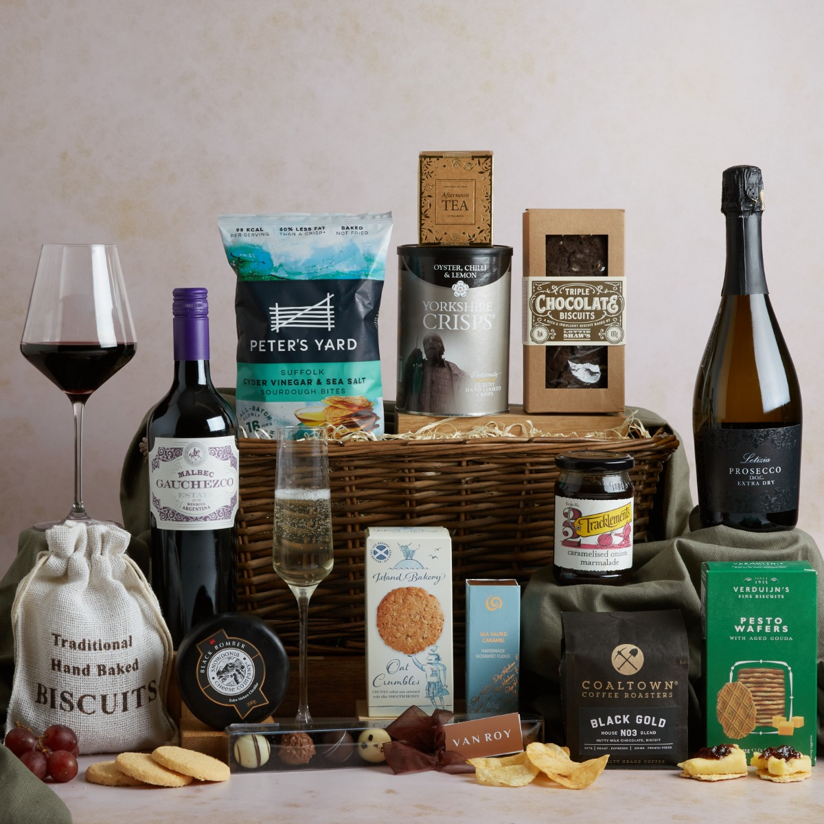 Luxury Food & Wine Basket Food and Wine Hampers Hampers.com