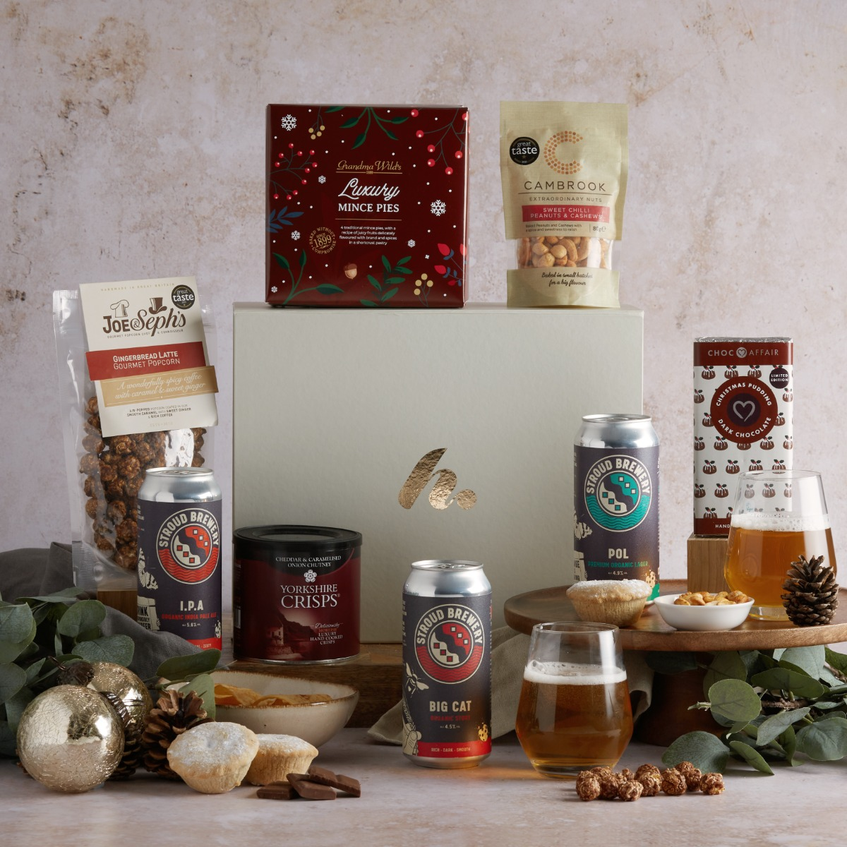 Festive Beer Hamper Free UK Delivery hampers.com Hampers.com