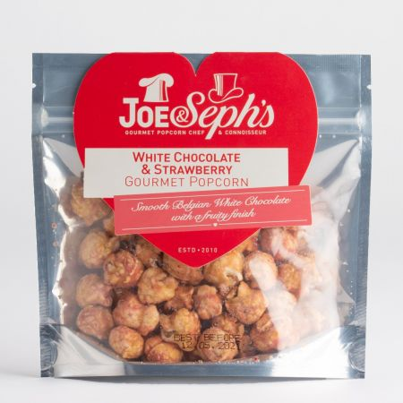 J&S White Chocolate & Strawberry Popcorn in Heart shaped pack (32g)
