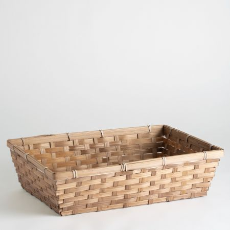 This hamper is presented in a Wicker Basket