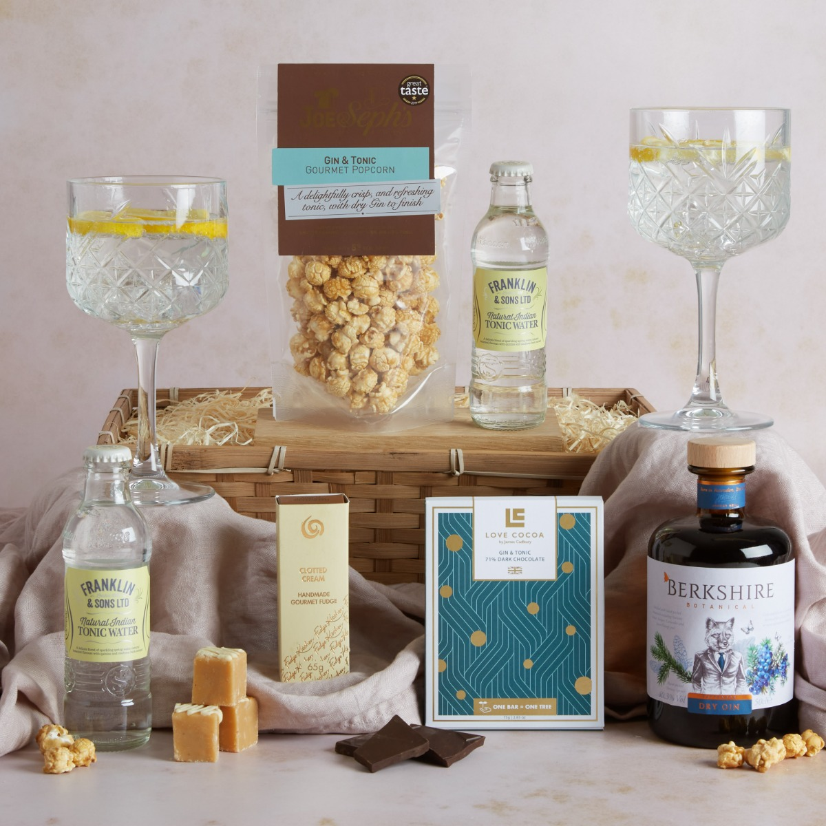 The Luxury Gin Hamper Luxury Gin Gifts Hampers.com