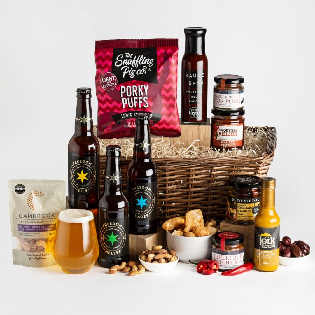 Make your dad the BBQ king with the Father's Day BBQ hamper from hampers.com